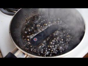 Cosa succede se si fa bollire un iphone 6 nella Coca Cola (video)